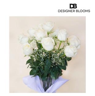 12 White Ecuadorian Roses in a Vase